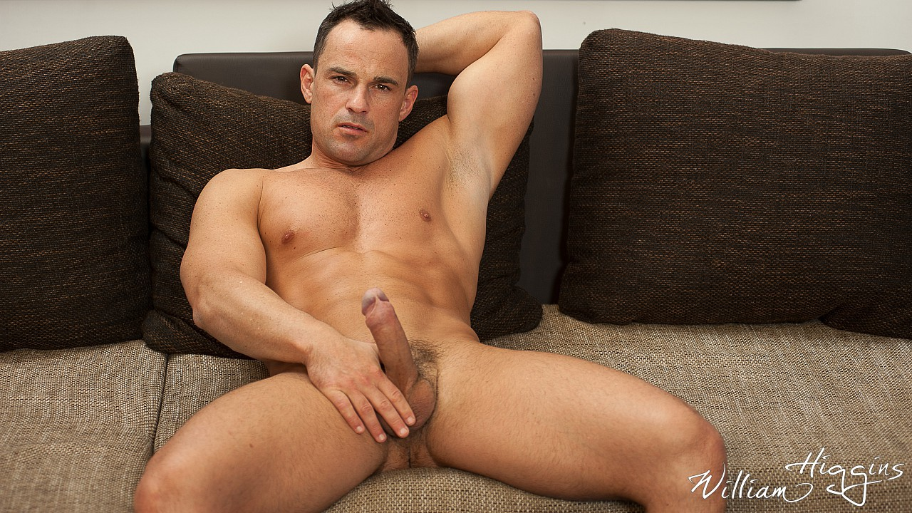 Martin Porter wanking his muscle dick 5