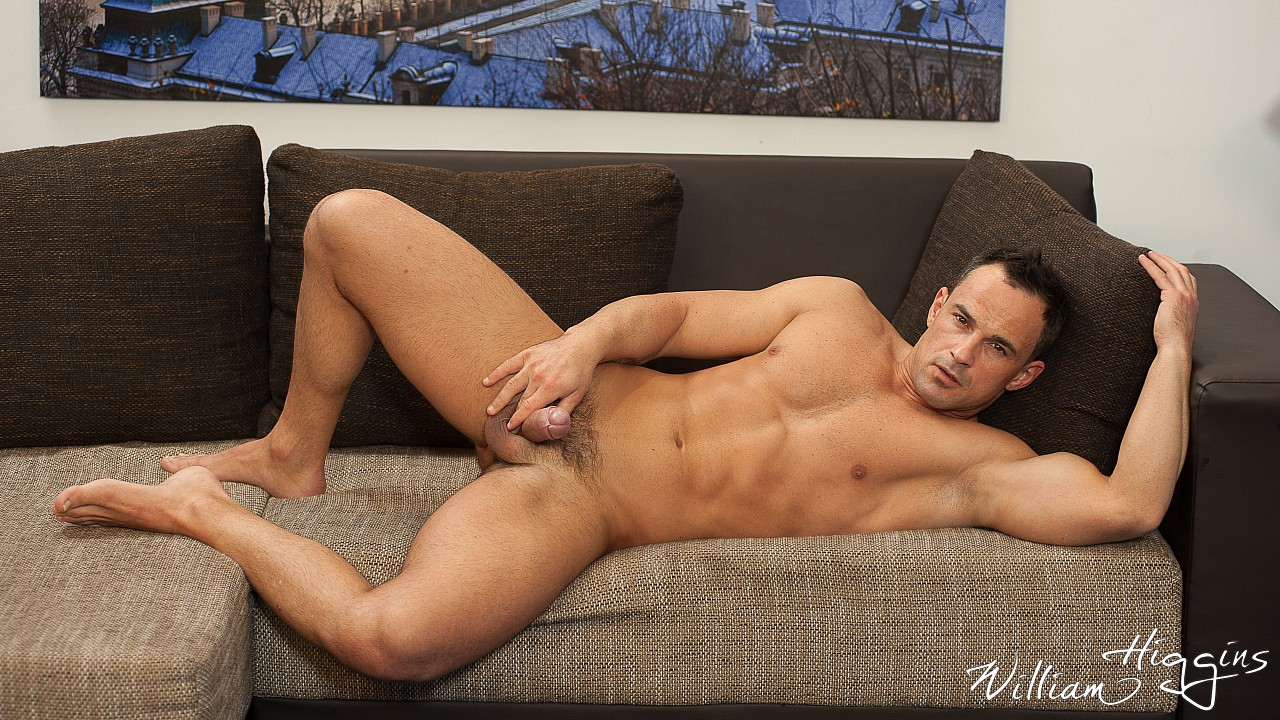 Martin Porter wanking his muscle dick 7