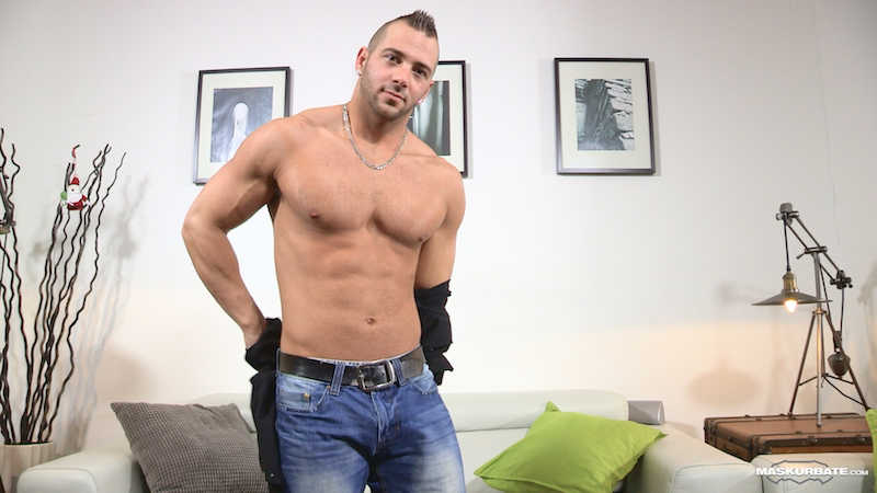 muscle man in a jack off video