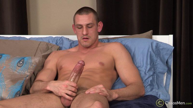 Hung straight guy Kirkland strokes his massive meat 4