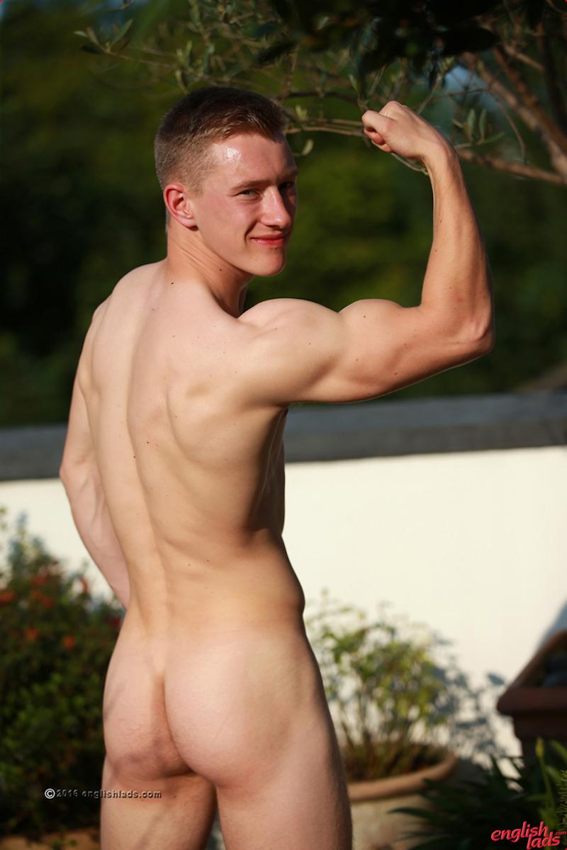 hung-straight-guy-tom-wills-wanks-load 11