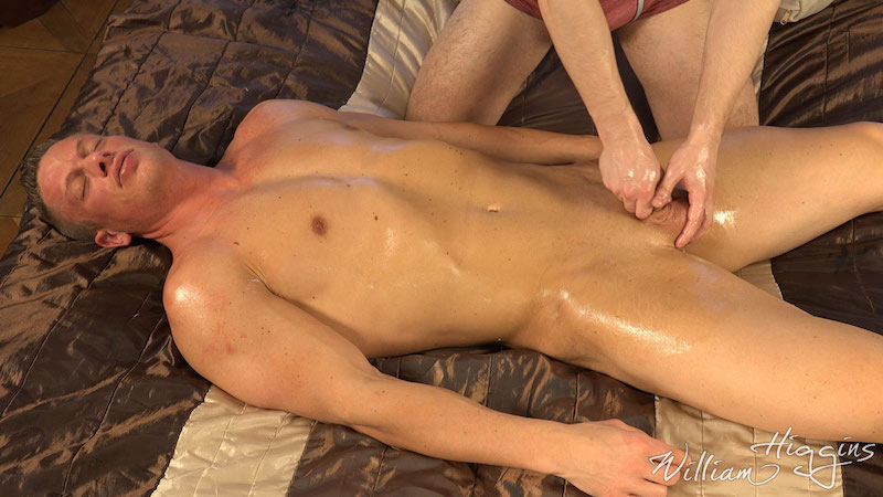 straight-guy-hand-job-tomas-decastro 3