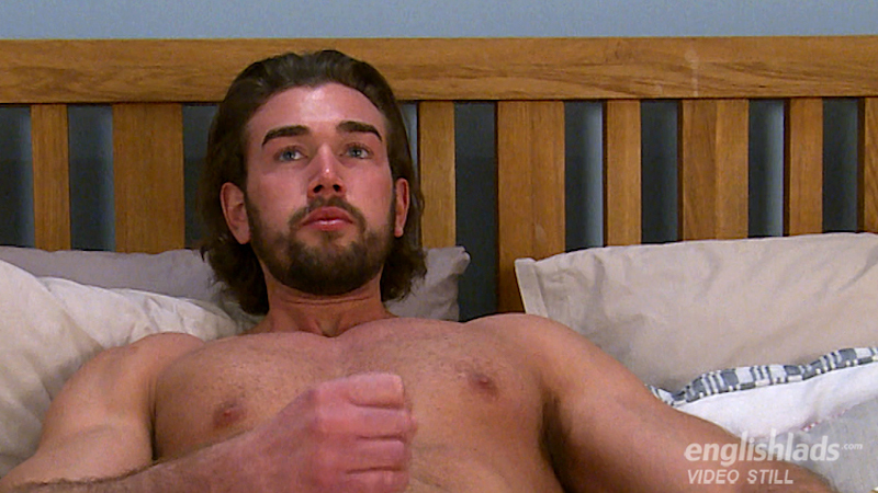 straight-guy-jack-off-will-templeton-wanking-uncut-muscle-cock 11