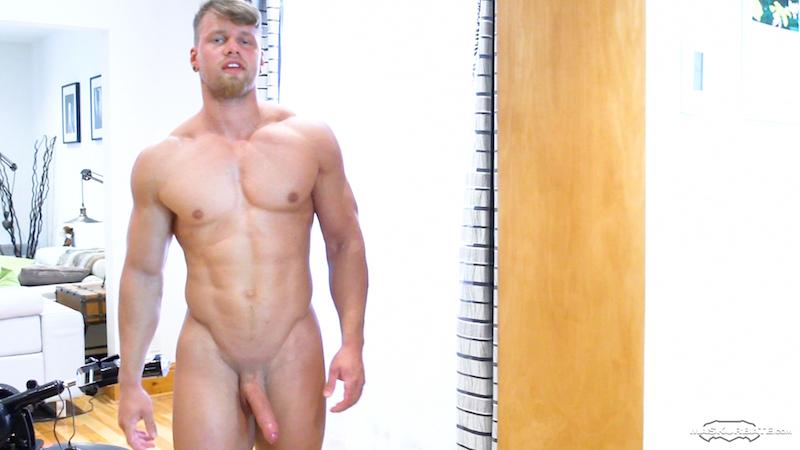 hung-muscle-man-brad-fucks-tenga-flip-hole 15
