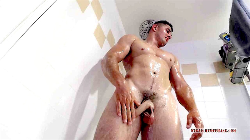 straight-marine-max-in-a-fleshlight-wanking-solo 3