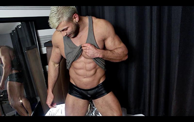 stroking-muscle-man-cock-joshua-armstrong 1